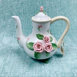 Home Interiors rose floral teapot